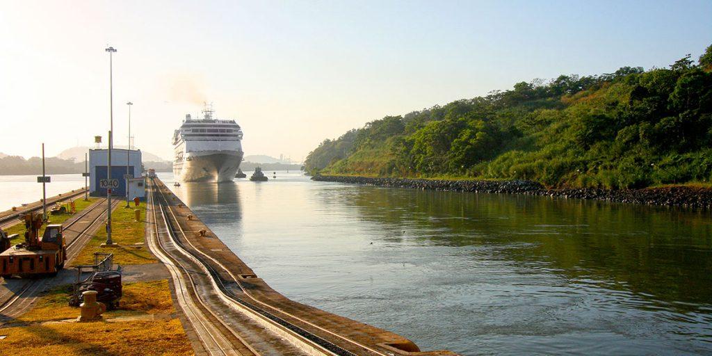 Panamakanalen, Panama