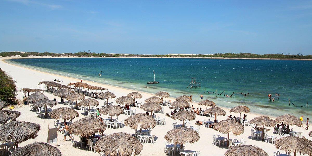 Strandbild från Fortaleza i Brasilien