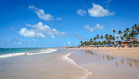 Strandbild utanför Recife i Brasilien