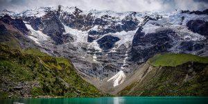 Glaciärsjö, Peru