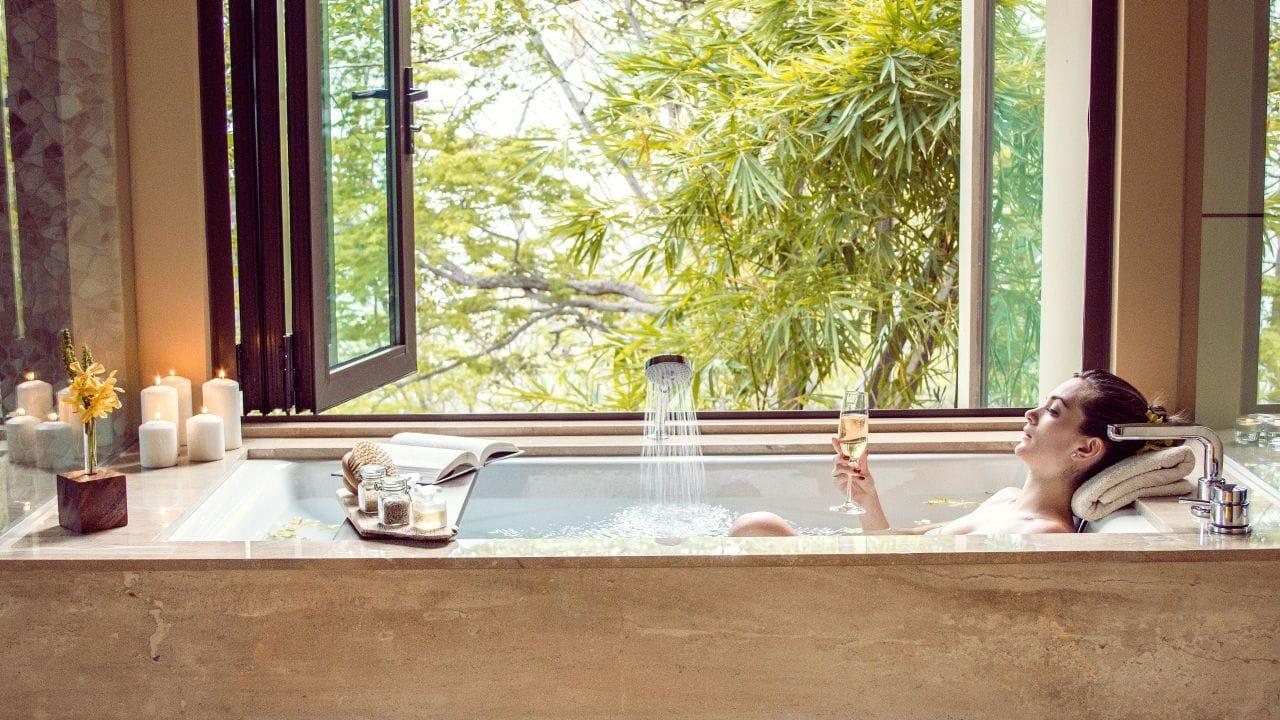 Andaz-Peninsula-Papagayo-Resort bath tub