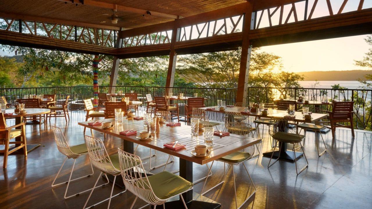 Andaz-Peninsula-Papagayo-Resort-Rio-Bhongo-Restaurant