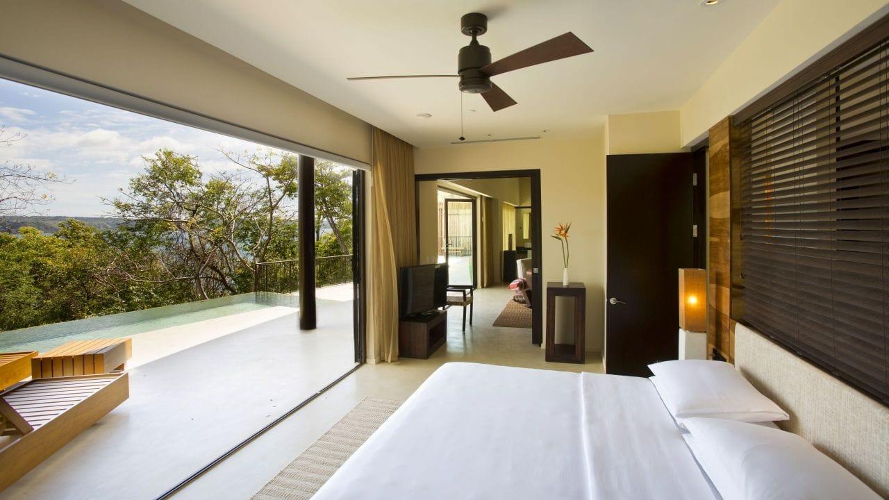 Andaz Presidential-Bedroom-Terrace