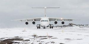 Ankomst med flyg till Antarktis